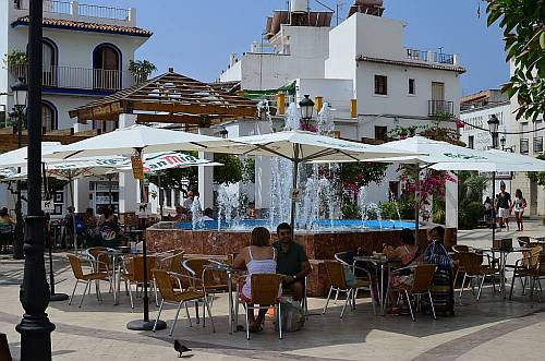 Plaza Cantarero, Nerja