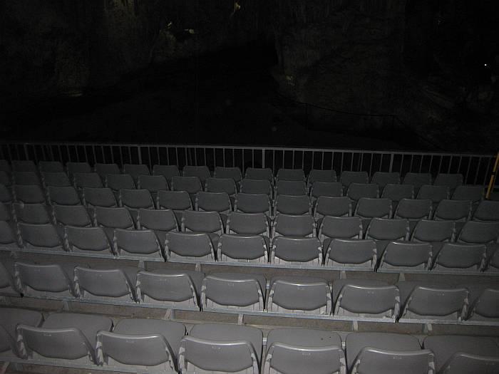 cavesseats3
