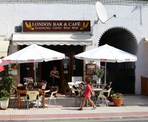 London Bar, Nerja