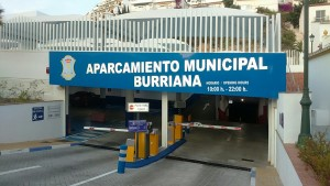 How much is it to park Burriana Beach, parking in Nerja