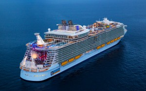 World's largest Cruise Ship comes to Malaga