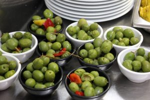 spanish diet healthy olives