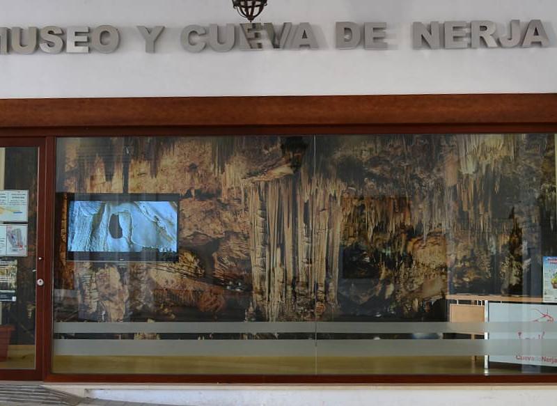 nerj caves museum