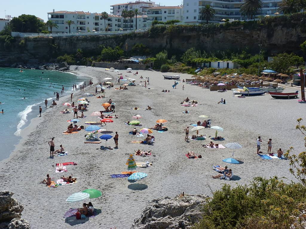 el-salon-beach-nerja-june12th-2011-2