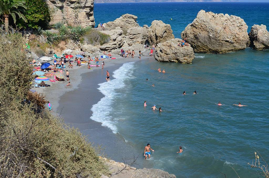 la-caletilla-nerja-august8th-1