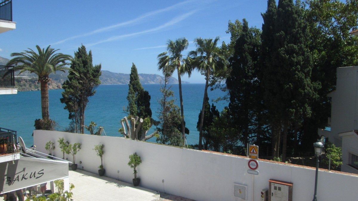Burriana Holiday Apartment Nerja