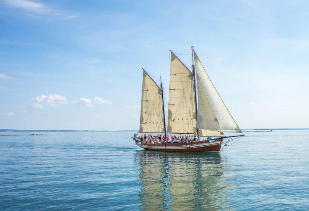 sailing trips in nerja and marina del este