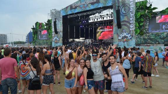 torre-del-mar-beach-festival