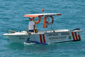 nerja water cleaning boat